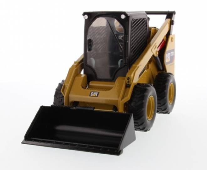 272D2 Skid Steer Loader with 4 tools