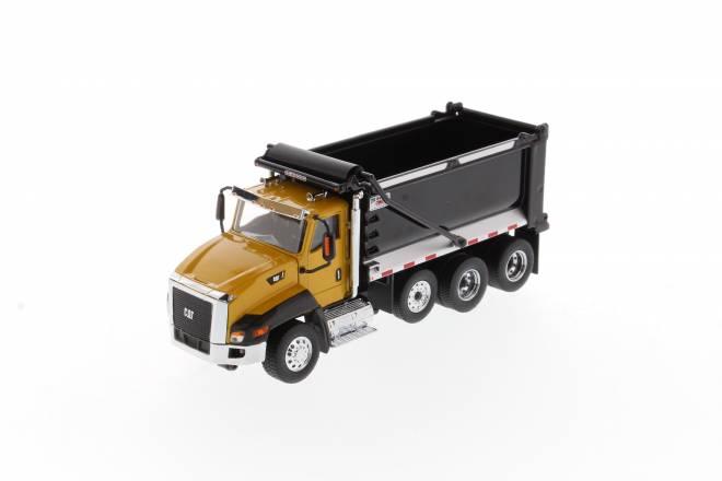 CT660 SBFA mit OX Stampede Dump Truck