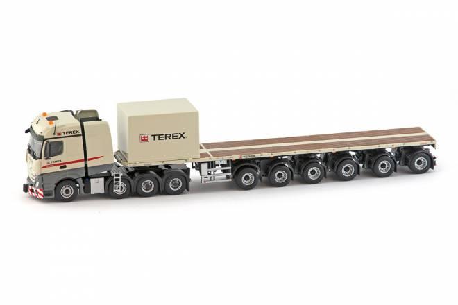 Actros2 Bigspace 8x4 with 6 axle Nooteboom Ballasttrailer