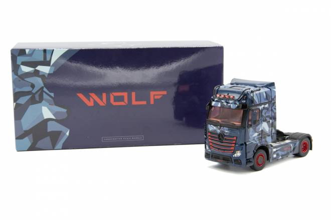 Benz Actros Gigaspace 4x2 Limited Specials '-Actros Wolf-