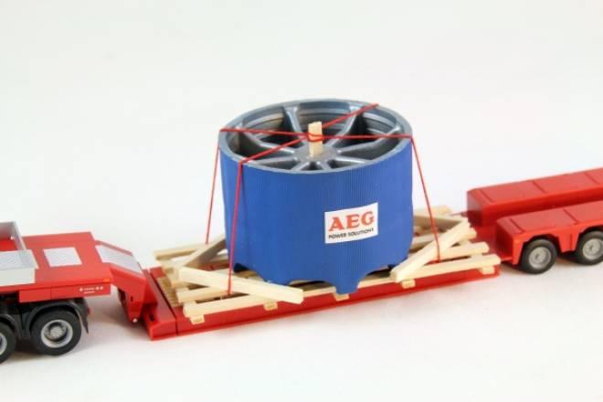 Industrieanlagen Bauteil auf Holzladegestell verzurrt Maße: 85 x 50 mm
