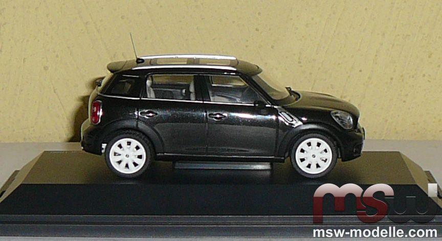 Mini Car 143 Cooper S Countryman Absolute Black Dickie Schuco